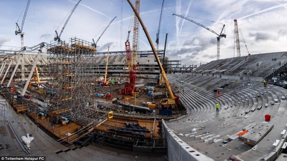 أعمال البناء في ملعب توتنهام (4)
