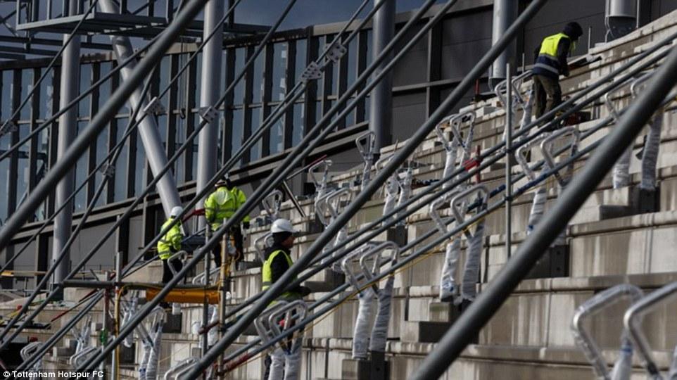 أعمال البناء في ملعب توتنهام (6)