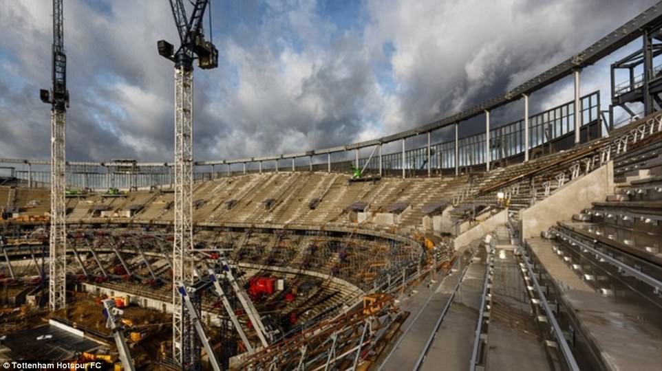أعمال البناء في ملعب توتنهام (9)