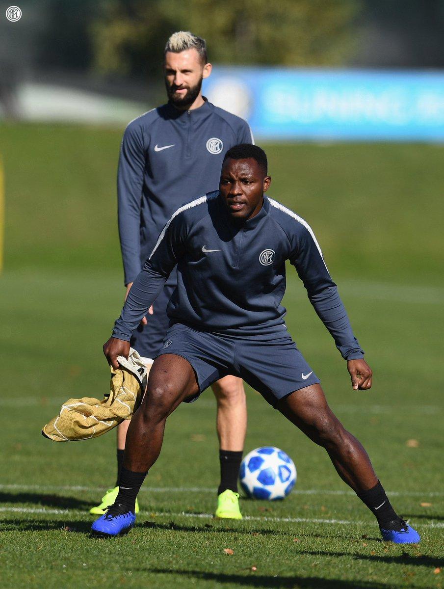 تدريب انتر ميلان الأخير قبل مواجهة برشلونة (3)