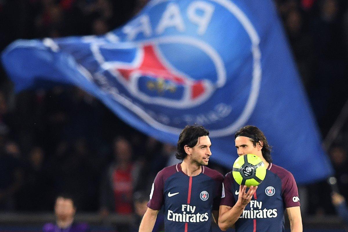 كافانى يحتفظ بكرة تتويج باريس سان جيرمان بالدور الفرنسي