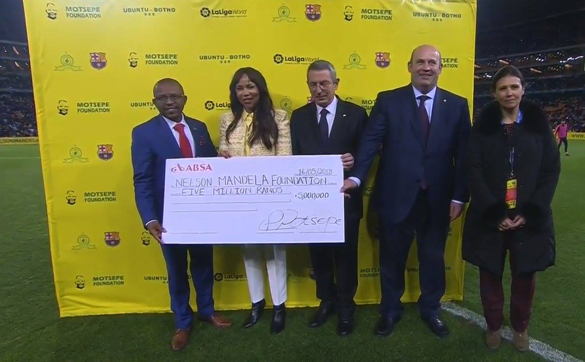 تبرع برشلونة لمؤسسة نيلسون مانديلا