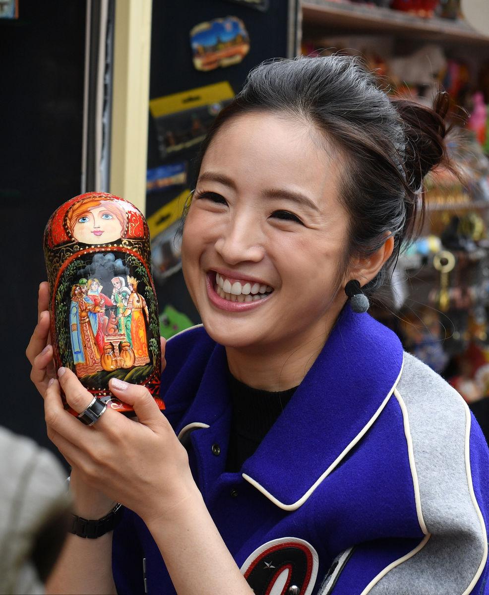 مشجعة يابانية فى سانت بطرسبرج