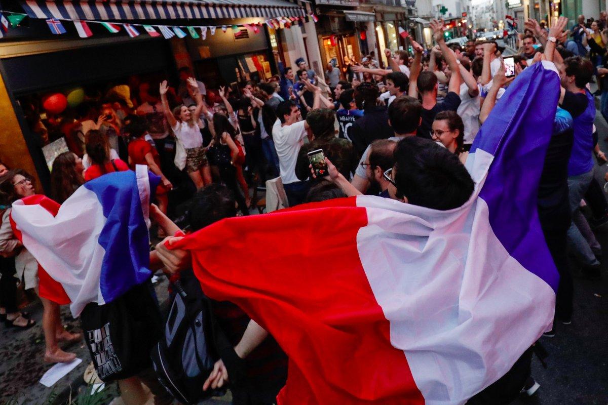 جماهير فرنسا وفرحة الانتصار على بلجيكا