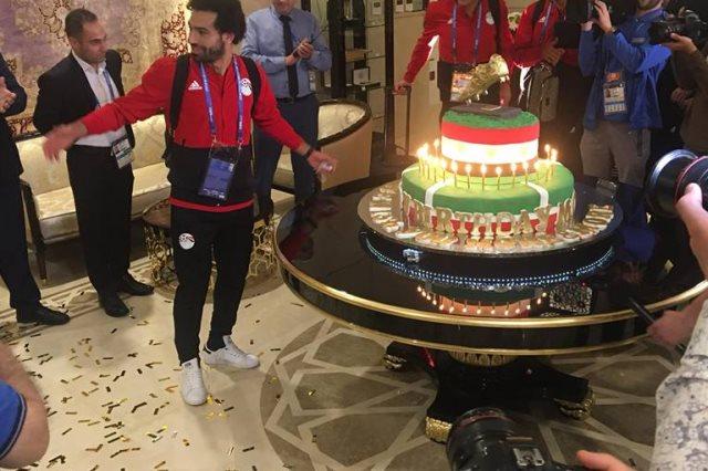 صفحة اتحاد الكرة تنشر صور الإحتفال بعيد ميلاد الفرعون