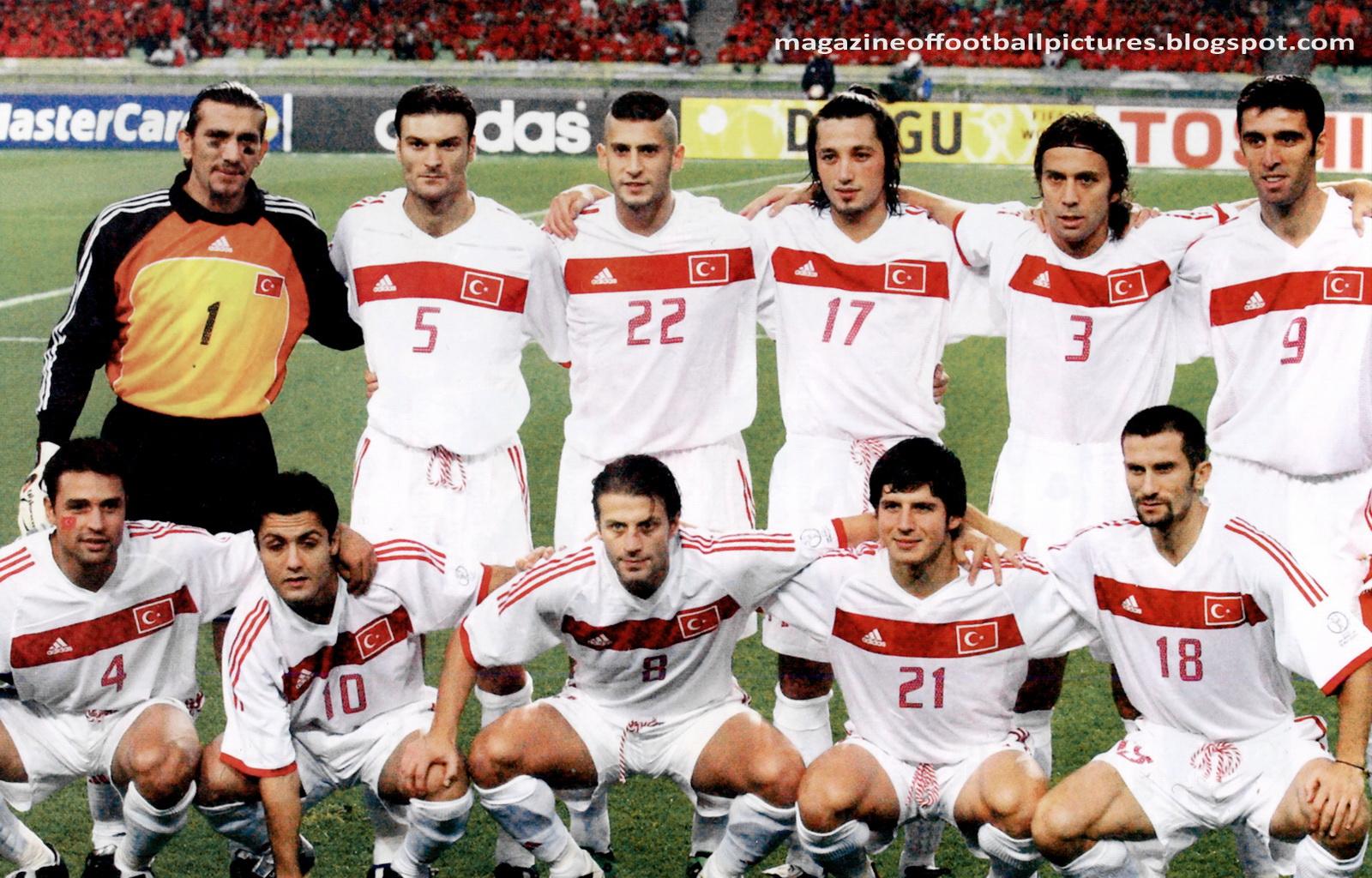 منتخب تركيا 2002