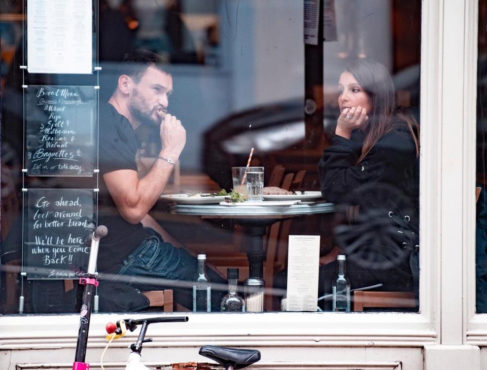 هوجو لويس وزوجته