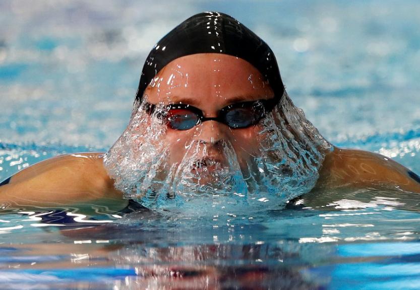 السباحة الروسية سيمينوفا فى بطولة أوروبا