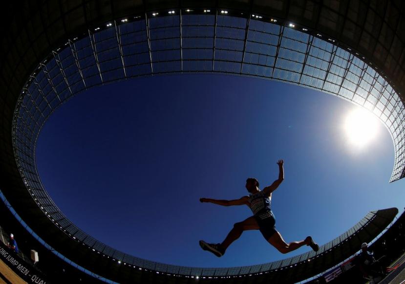 متسابق يوناينى فى بطولة أوروبا لألعاب القوى فى برلين