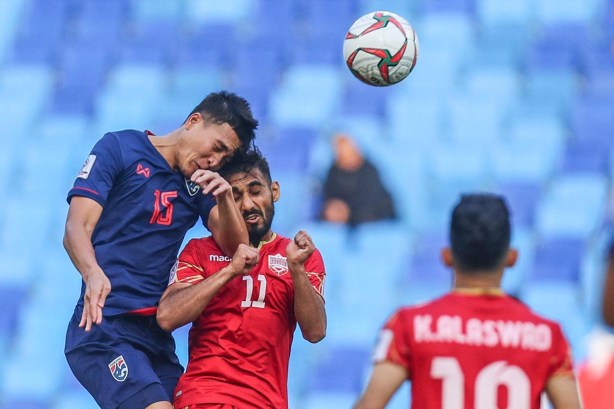 مشاهد حزينة لسقوط البحرين أمام تايلاند  (2)