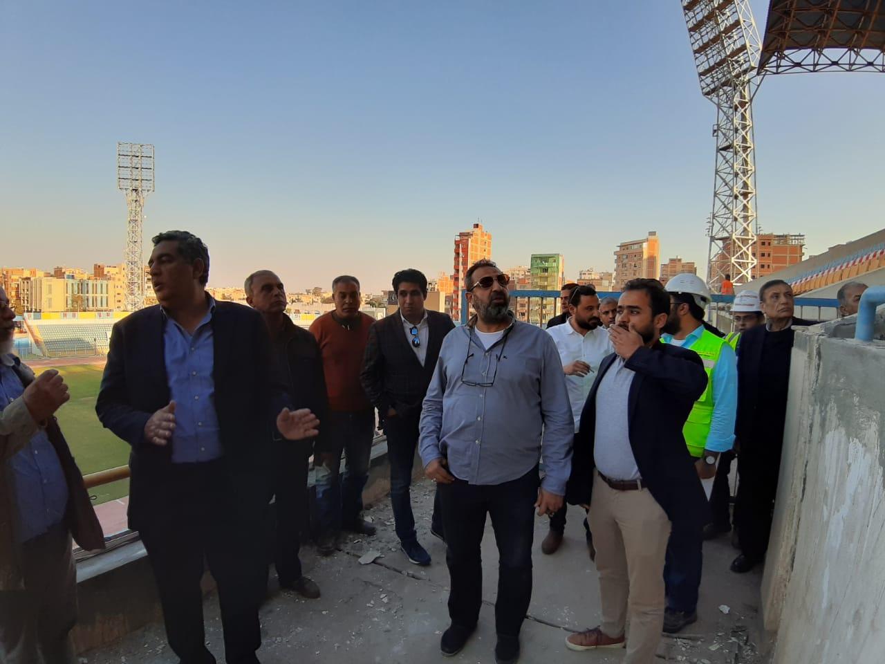 وفد اتحاد الكرة يتفقد ستاد الاسماعيلية (11)