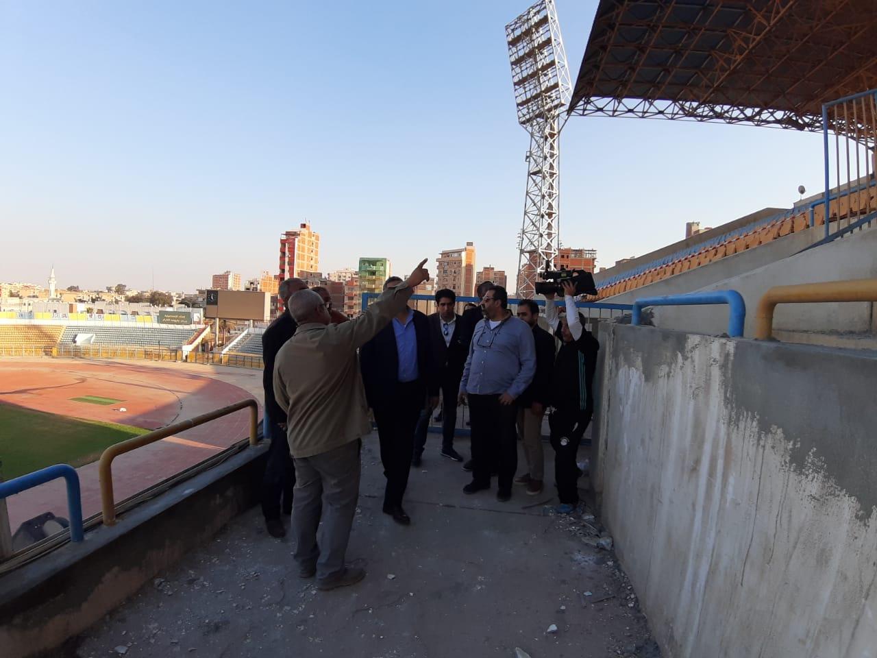 وفد اتحاد الكرة يتفقد ستاد الاسماعيلية (6)