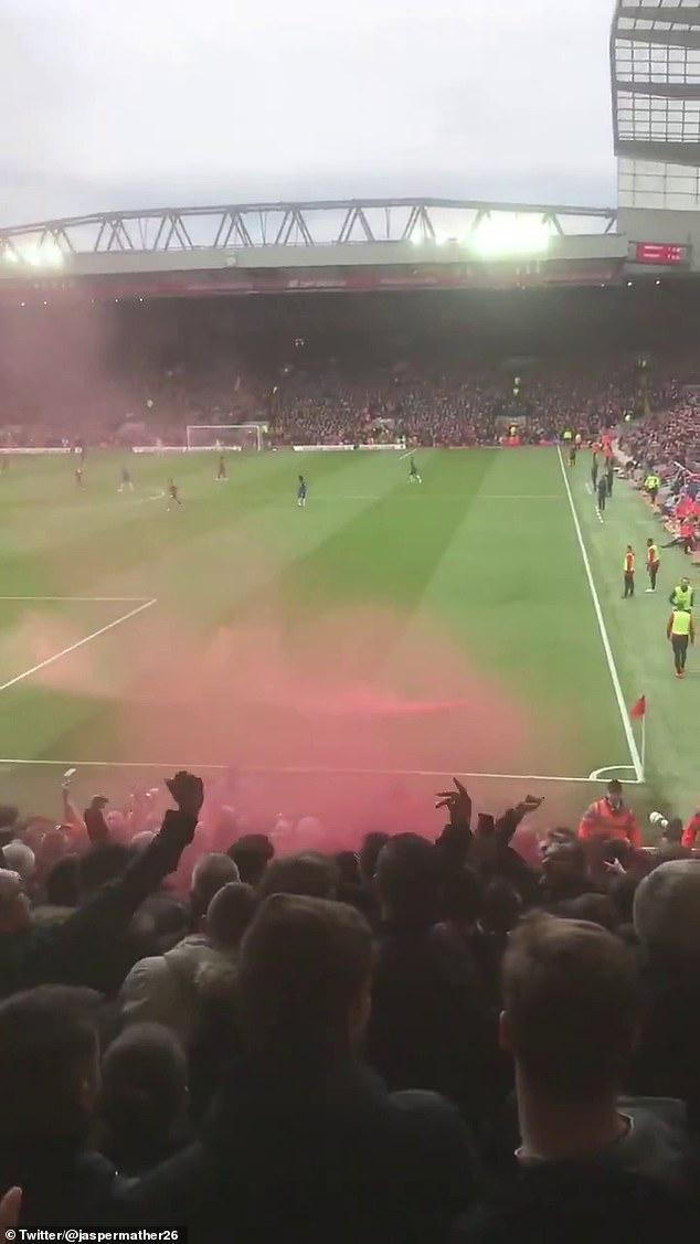 جماهير ليفربول (4)