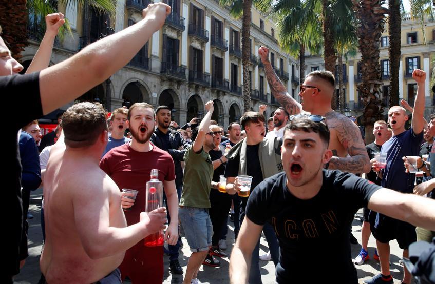 جماهير برشلونة ومانشستر يونايتد (6)