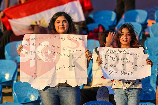 رسالة حسناوات الأهلي لثنائى تونس