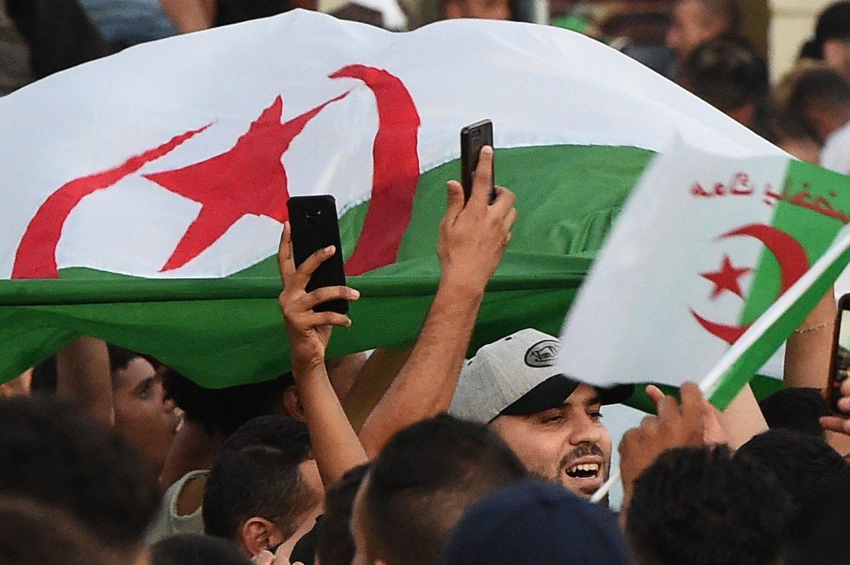جماهير الجزائر (4)