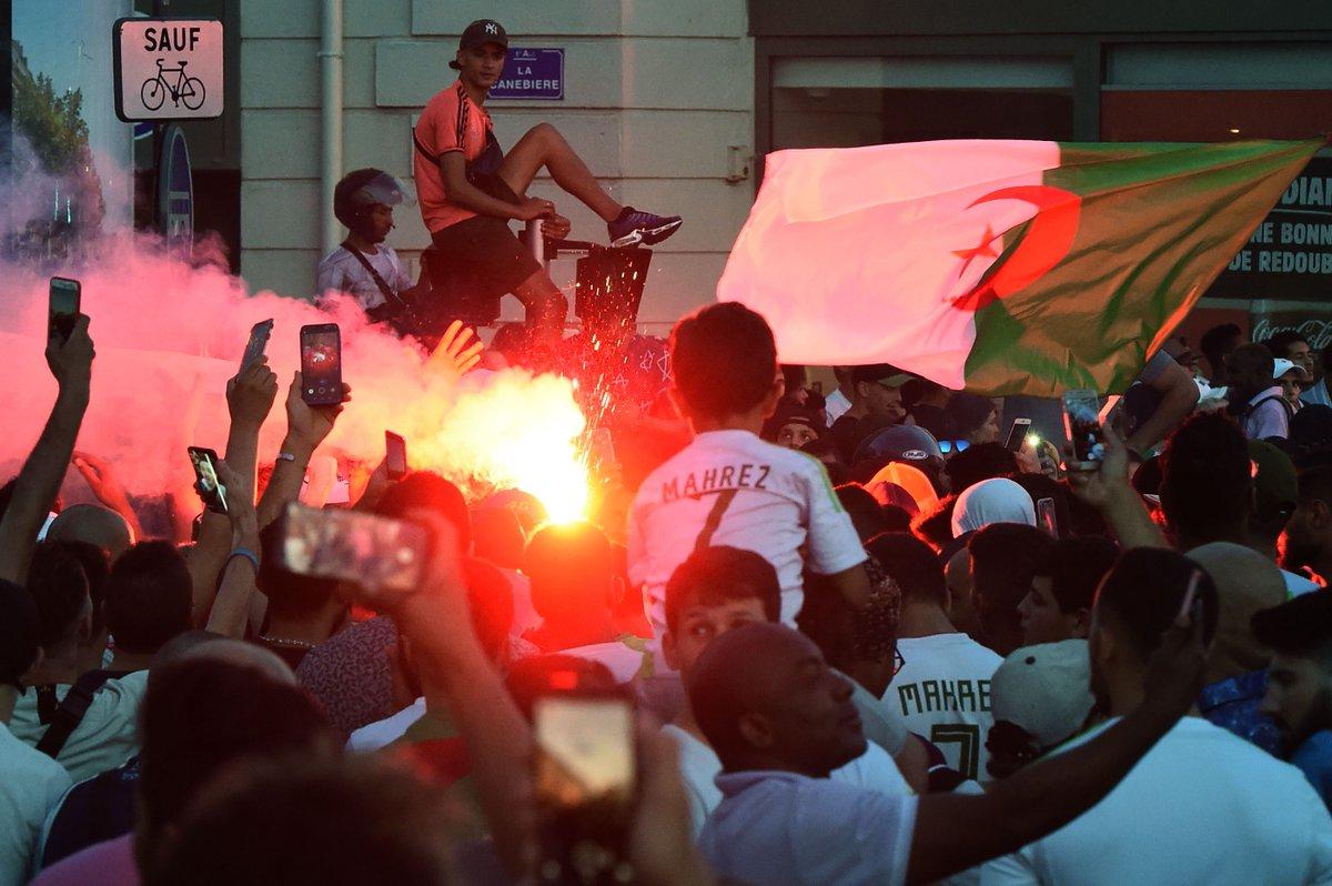 جماهير الجزائر (1)