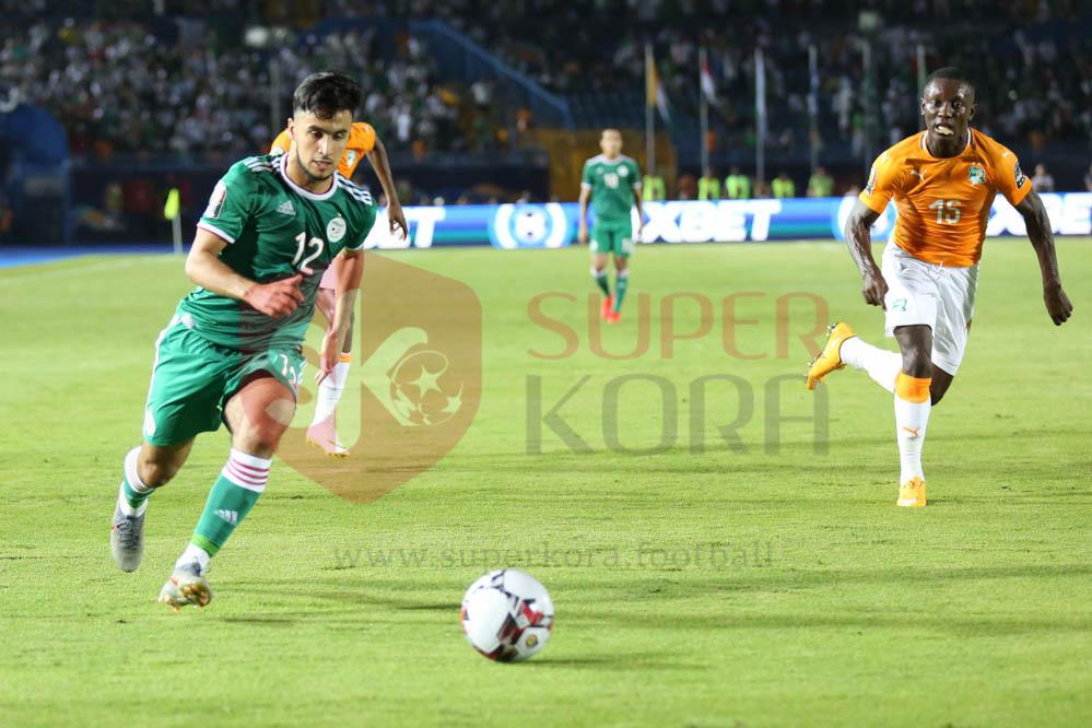 كريم عبد العزيز (18)