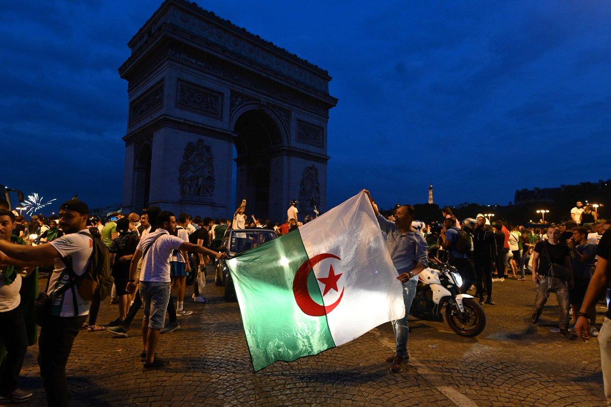 جماهير الجزائر (3)