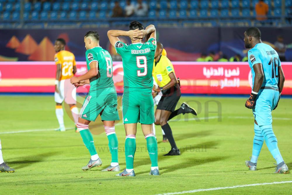 كريم عبد العزيز (2)