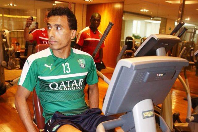 محمد عبد الشافي لاعب الأهلي السعودي