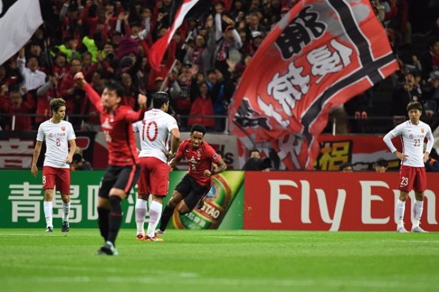 أوراوا ريد يهزم شنغهاى 1-0