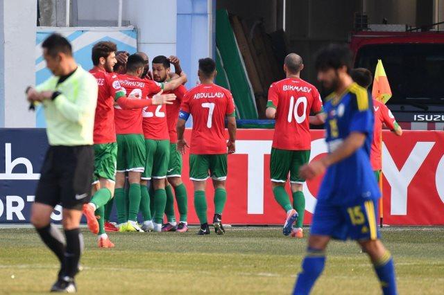 لوكوموتيف طشقند يفوز على الوحدة 5-0