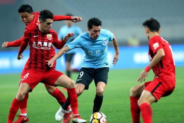 شنغهاى فاز على داليان 8-0