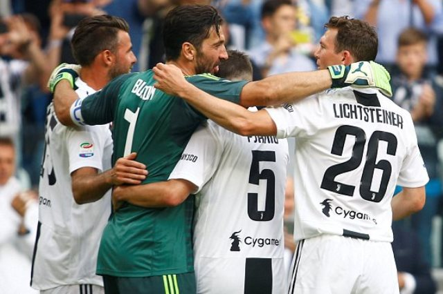 يوفنتوس فاز على فيرونا 2-1