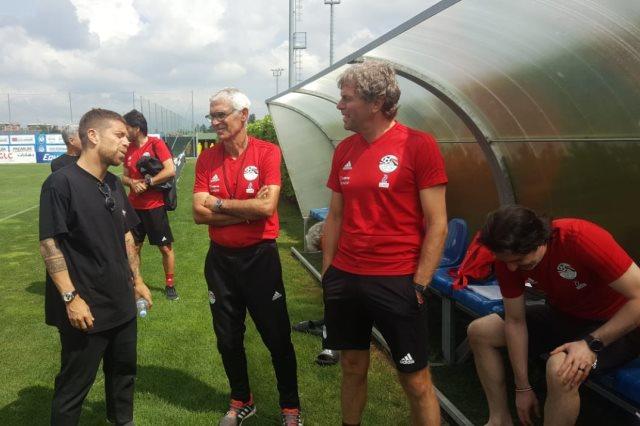 قائد فريق أتلانتا يزور تدريبات المنتخب في بيرجامو