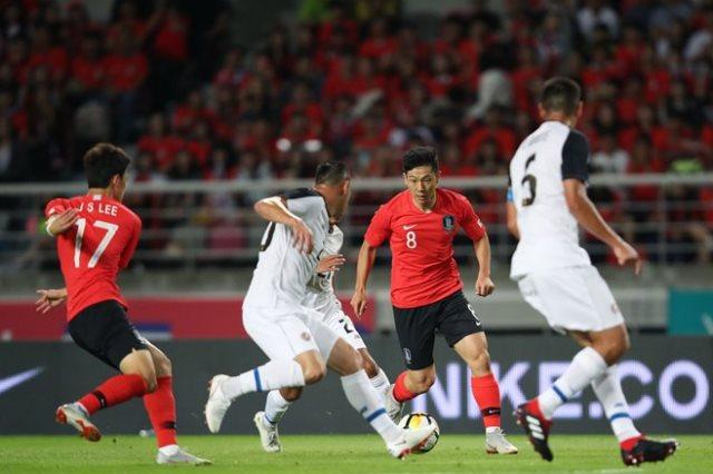 كوريا الجنوبية تفوز على كوستاريكا