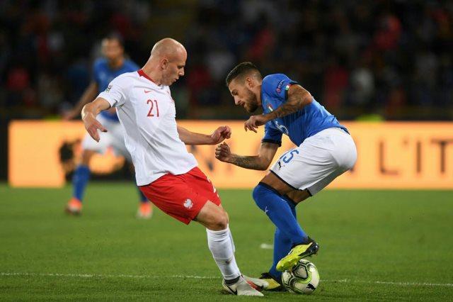 مشاهد من مباراة ايطاليا و بولندا