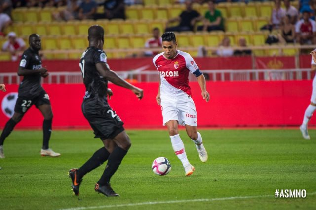 موناكو يتعادل مع نيم أولمبيك