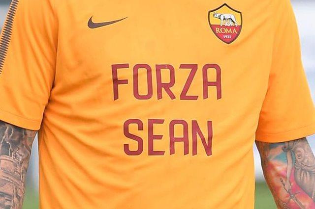 قميص روما