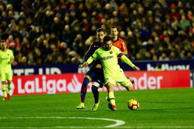 برشلونة ضد ليفانتى