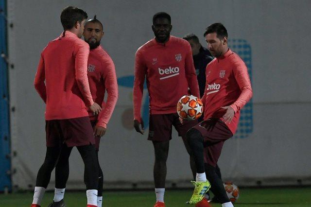 فريق برشلونة الاسبانى