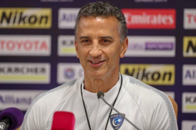 البرازيلي بريكليس شاموسكا، مدرب الفريق كرة القدم بنادي الفيصلي