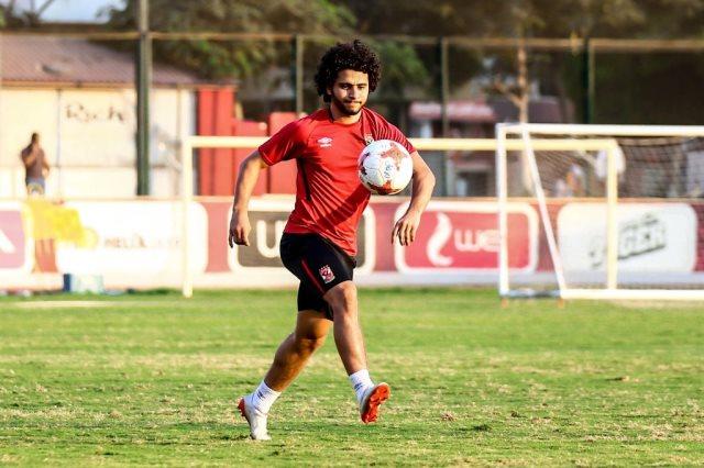 محمد محمود لاعب الأهلى
