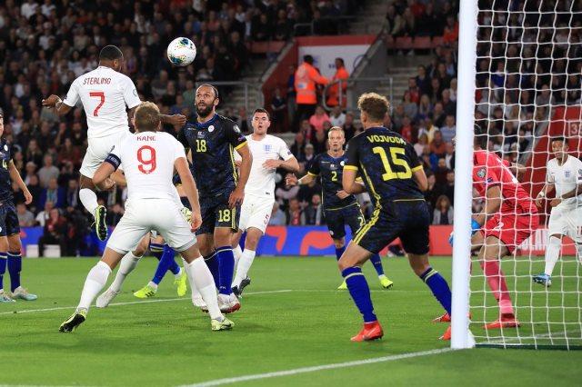 انجلترا ضد كوسوفو