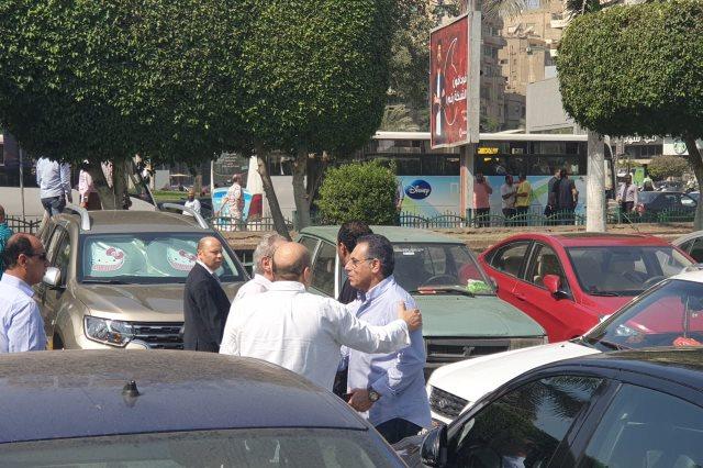 الخطيب فى عزاء والدة علاء عبد الصادق