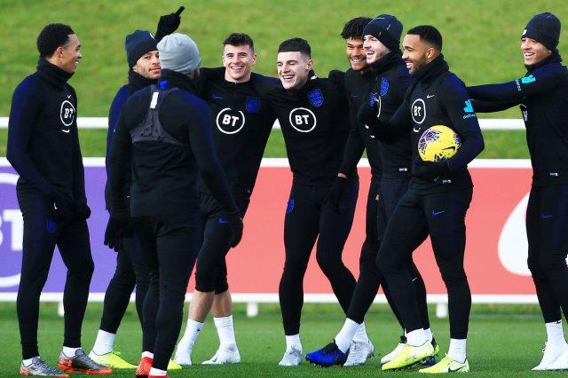 انجلترا ضد مونتينجرو.. كواليس تدريب المدرب الإنجليزي