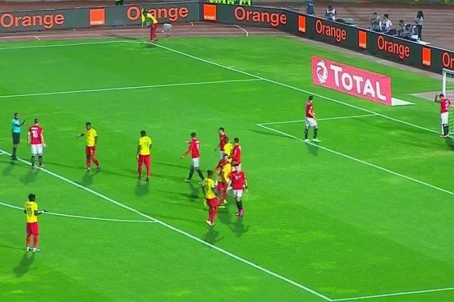 جانب من مباراة مصر والكاميرون