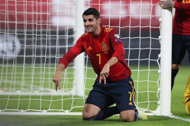 اسبانيا ضد رومانيا