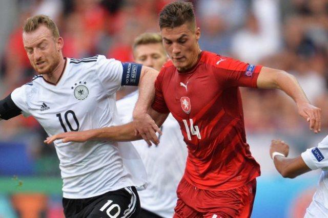 بلغاريا ضد التشيك