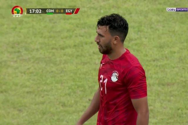 شاهد تعليق الجماهير المصريه علي اداء المنتخب مع حسام البدري