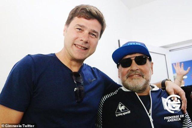 مارادونا وبوتشينو
