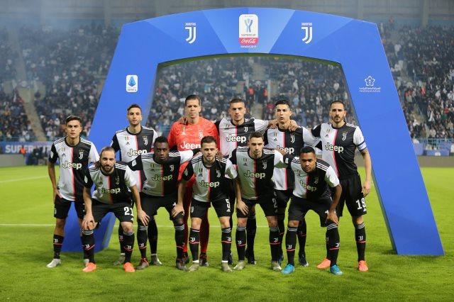 ميلان ضد يوفنتوس .. ساري يستدعي القوة الضاربة لليوفي لمواجهة كأس إيطاليا - سوبر كورة
