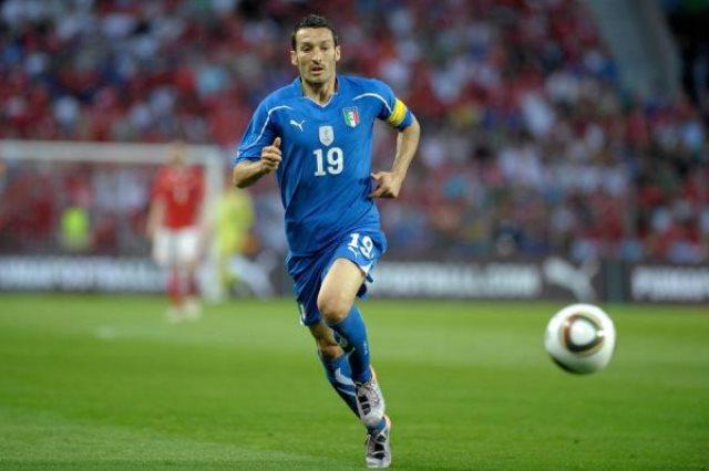 أسطورة الكرة الإيطالية  جيانلوكا زامبروتا