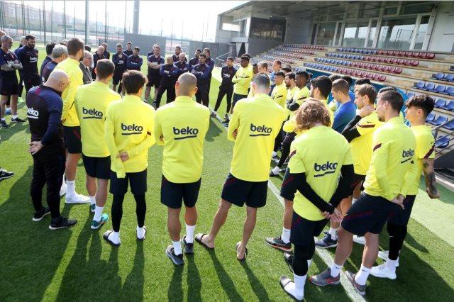 برشلونة يحارب القلق في التدريبات السرية للاعبين بسبب كورونا