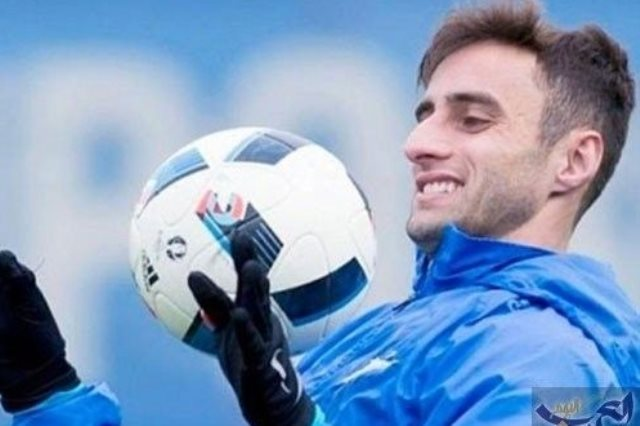 البرازيلي ماوريسيو جونيور، لاعب فريق باوك اليوناني